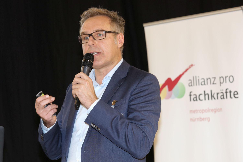Stefan Wacker bei der Jahreskonferenz Allianz pro Fachkräfte 2016